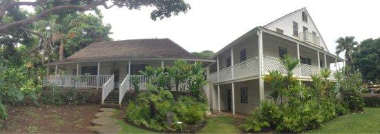 Hale Hoʻikeʻike at the Bailey House: photo6.jpg