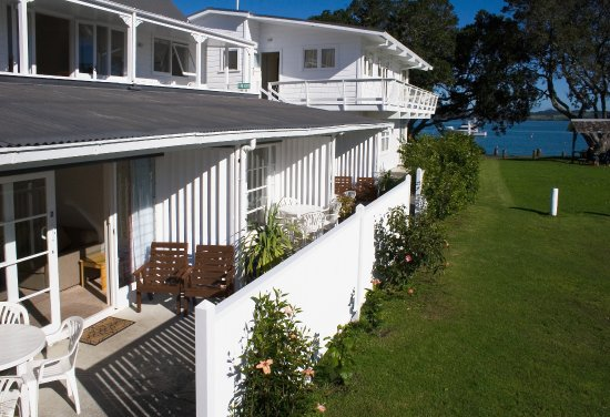 Hananui Lodge Motel