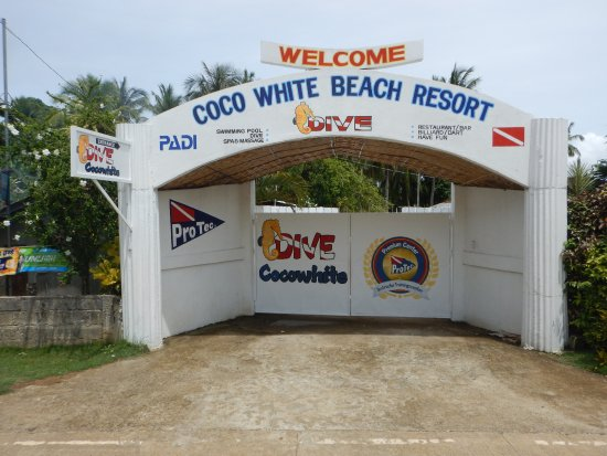 Coco White Beach Resort