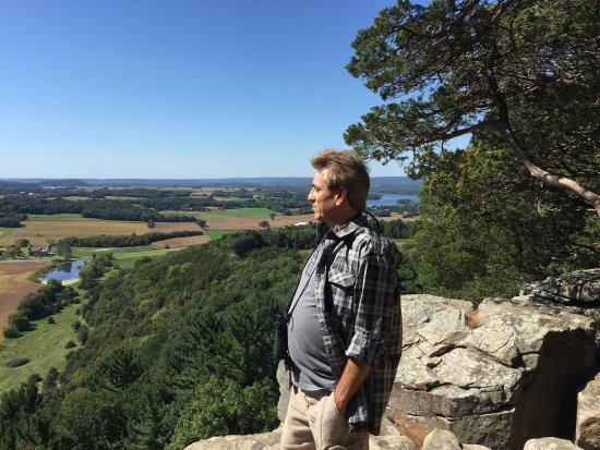 โลดิ, วิสคอนซิน: Beautiful day at Gibraltar Rock near Lodi, WI