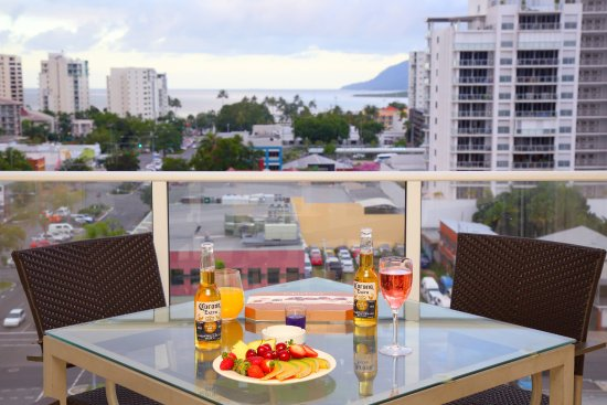 BEST WESTERN PLUS Cairns Central Apartments: Balconies with views