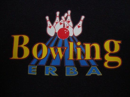 Erba, Italie : maglietta del bowling