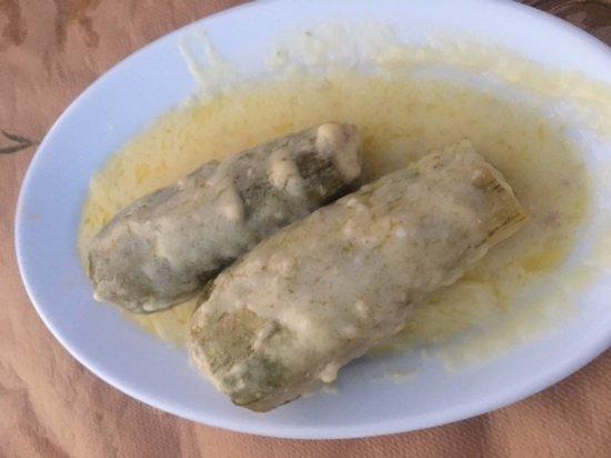 Taverna Paradiso: Kohl mit Hackfleisch an Zitronensoße
