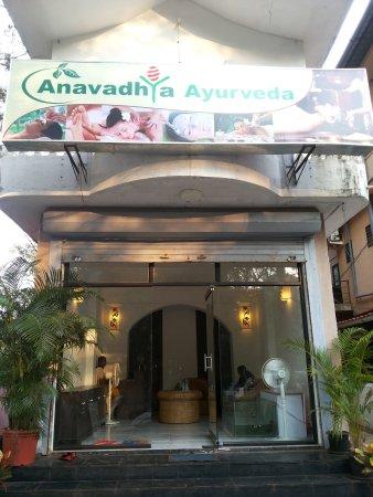Anavadhya Ayurveda