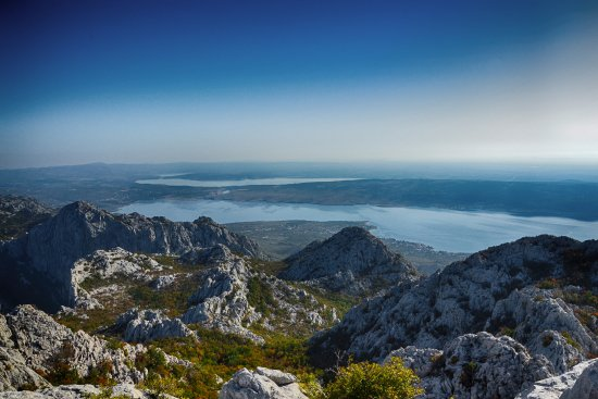 Starigrad-Paklenica, كرواتيا: View from the mountains to the Velebit sea