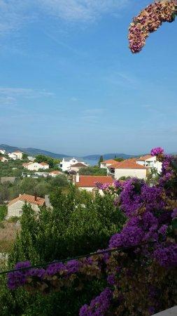 Okrug Donji, Croacia: Ausblick vom Balkon