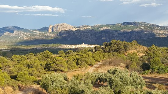 Cretas, Spanien: the view towards the mountains