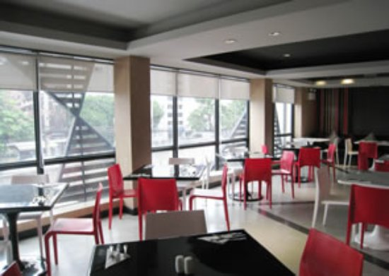 Hi Residence: 2GETHER Restaurant