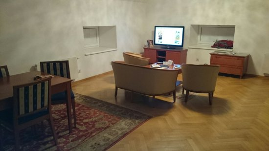 Hotel Ambassador: DSC_0012_large.jpg