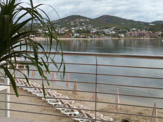Hamacas en la playa bild fr n hotel argos talamanca - Hamacas de playa ...