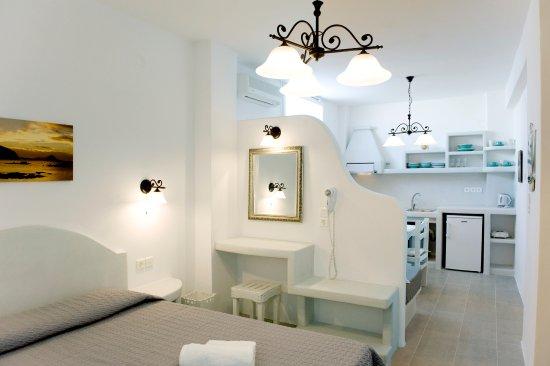 Cheap Rooms Milos Greece