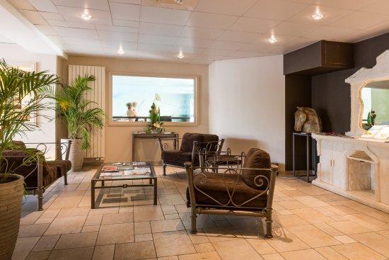 La Closerie Deauville Residence Hôtel : Hall de réception