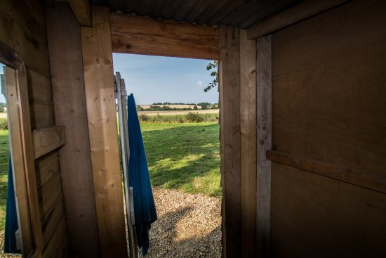 Bowerchalke, UK: Loo with a view!