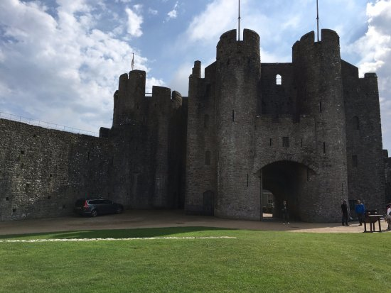 Pembroke, UK: Entrance