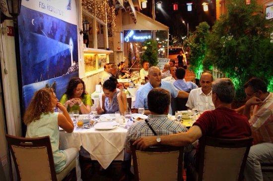 Fener Restaurant Kumkapı: outside