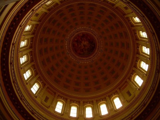Wisconsin State Capitol: Dome inside rotunda