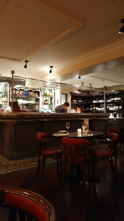 Bistrot Pierre : Fabulous place. Amazing food and staff very friendly and attentive. Highly tecommended. A biento