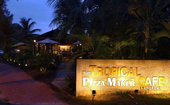 Pantai Tengah, Malezja: IMG_20160920_193815_large.jpg