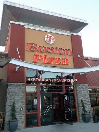 Good Family Restaurant Boston Pizza Brockville Traveller