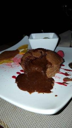 Prevessin Moens, Γαλλία: présentation et plats délicieux