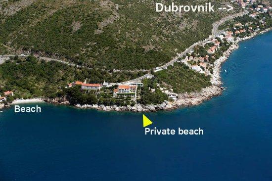 Zaton, Κροατία: Private beach & Public pebbly beach