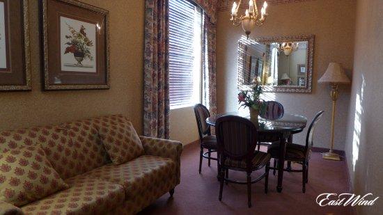Wading River, Nova York: Ambassador Suite Lounge