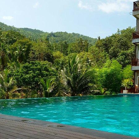 Ban's Diving Resort: IMG_20160914_111511_large.jpg