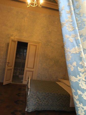 Sassoferrato, Italia: Albergo Della Strega
