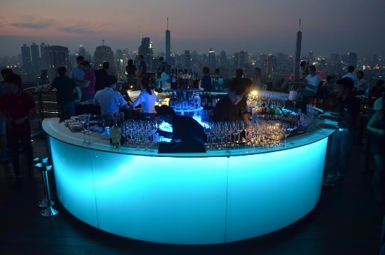 Octave Rooftop Lounge and Bar: Bar