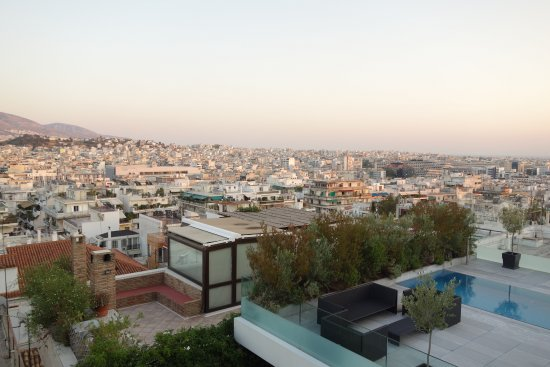 Acropolis Hill Hotel: View from balcony