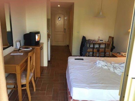 Kentia Apartments: Room D7 - studio apartment