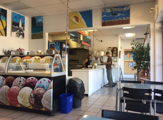 Service & Ice Cream Counters - Choi's Fish N' Chips, Barrie ON