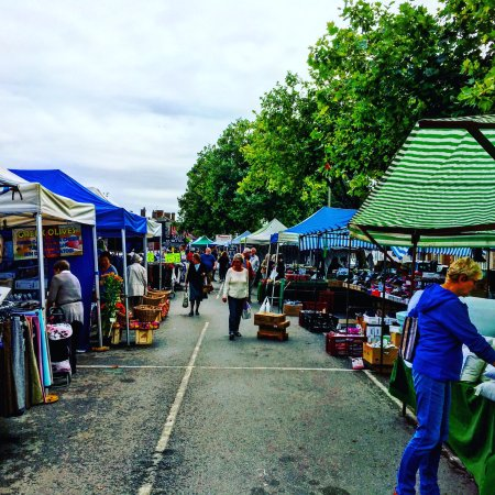 Thame, UK : Lots for sale at the Market today (20/09/16)