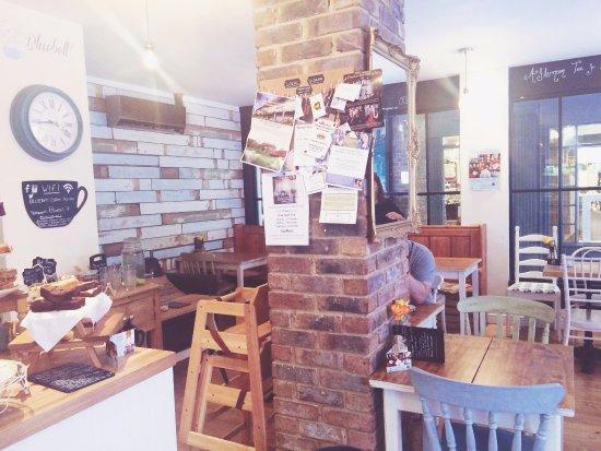 Tenterden, UK: Bluebell interior