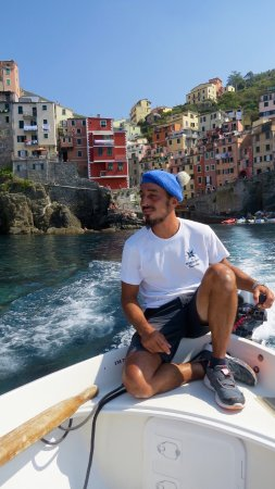 Tours Around Tuscany: Our boat ride along the coast of Cinque Terre