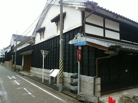 Hatchokura-dori
