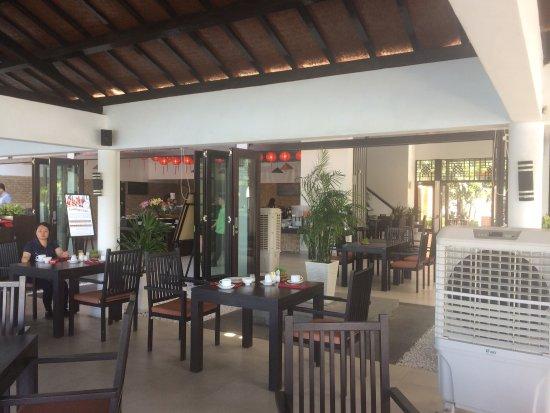 โรงแรมฮอยอันบีช: photo1.jpg