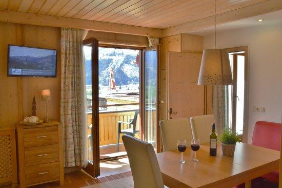 Piesendorf, Østrig: Living room apartment