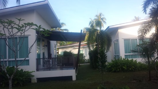 Phu Khao Lak Resort: one bedroom villa's are fabulous self contained & moderns units, very well laid out and spacious