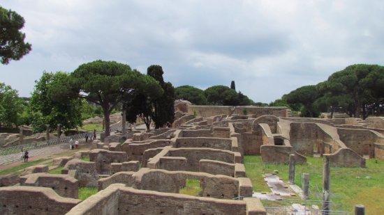 Ostia Antica, Italia: одно из мест древнего города Остии.