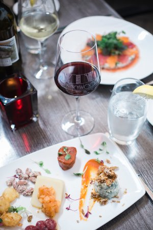 The Birchwood: Appetizers at Birch and Vine