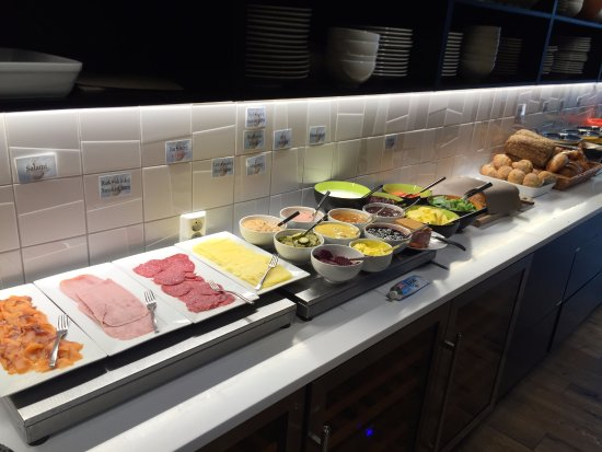 Svalbard Hotel: Part of the breakfast spread