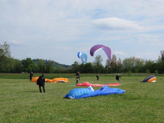 Manta Paragliding School