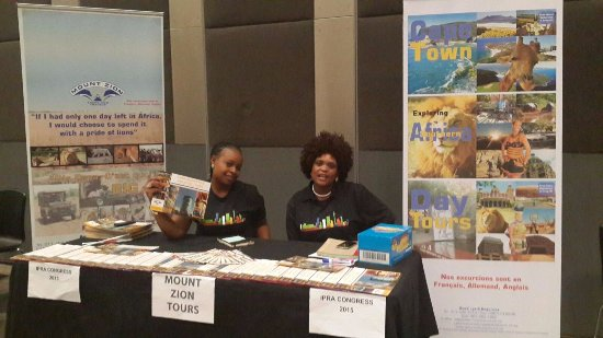 Johannesborg, Sydafrika: Mount Zion Tours and Travels Travel Desk at Sandton Convention Centre