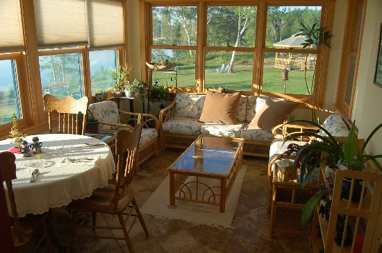 Surry, ME: Sun Room