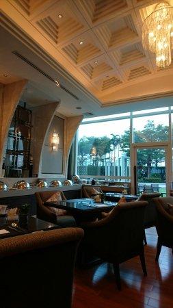 โรงแรม แกรนด์เซ็นเตอร์พอยท์ สุขุมวิท เทอมินอล 21: DSC_1360_large.jpg
