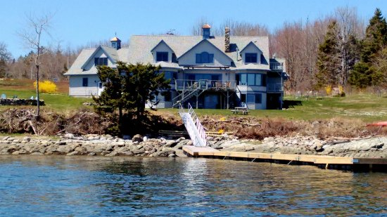 Surry, Maine: Wave Walker