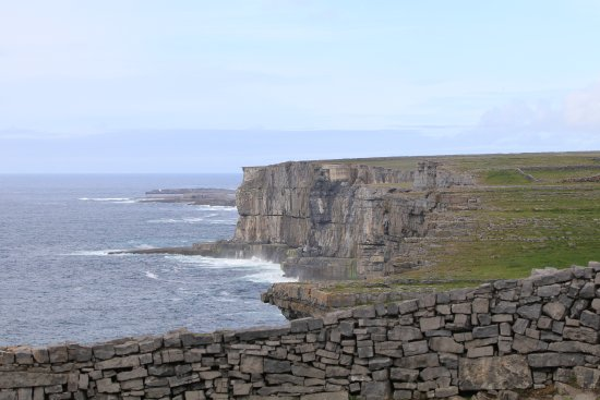 Dun Aenghus: view from fort