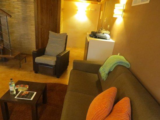 Posada La Pastora : Sofá-cama y sillón reclinable.