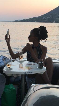 Хартбееспоорт, Южная Африка: while we enjoy sunset we make time for a quick ....